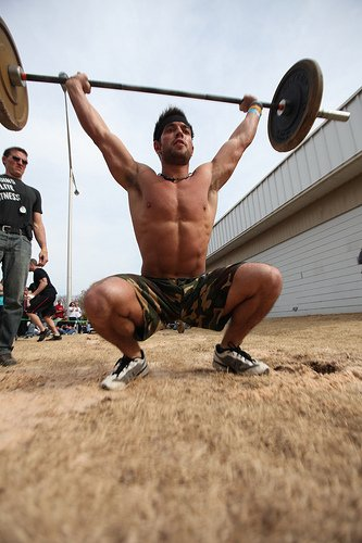 Overhead Squat Kniebeuge