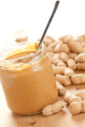 Protein Shake selber machen, Erdnussbutter, Erdnussmus, Mandelmus