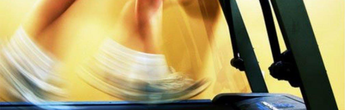 """12-Minuten """"Hangover"""" Workout & 1 genialer Laufband-Trick"""