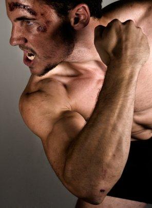 Training mit Muskelkater, weiter trainieren, Trainingspause