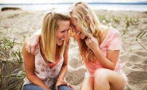 Stressabbau durch Lachen, gegen Stress, Lachen senkt Stress