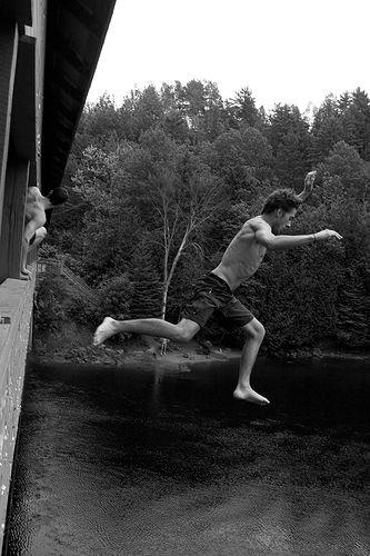 Mitläufer, Sixpack, Brücke, springen
