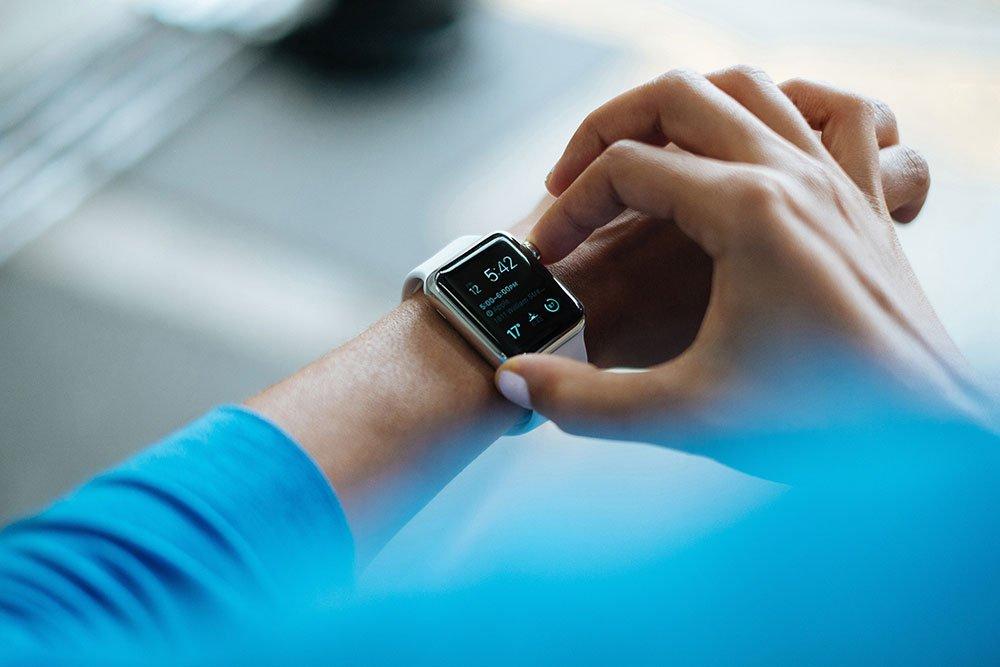 Sportkalorien mit einem Fitnesstracker messen