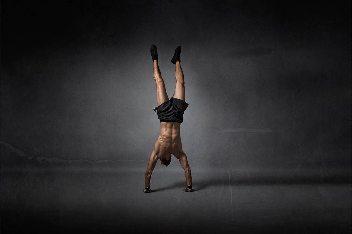 Handstand-lernen-in-48-Stunden-oder-weniger-Die-ultimative-Anleitung