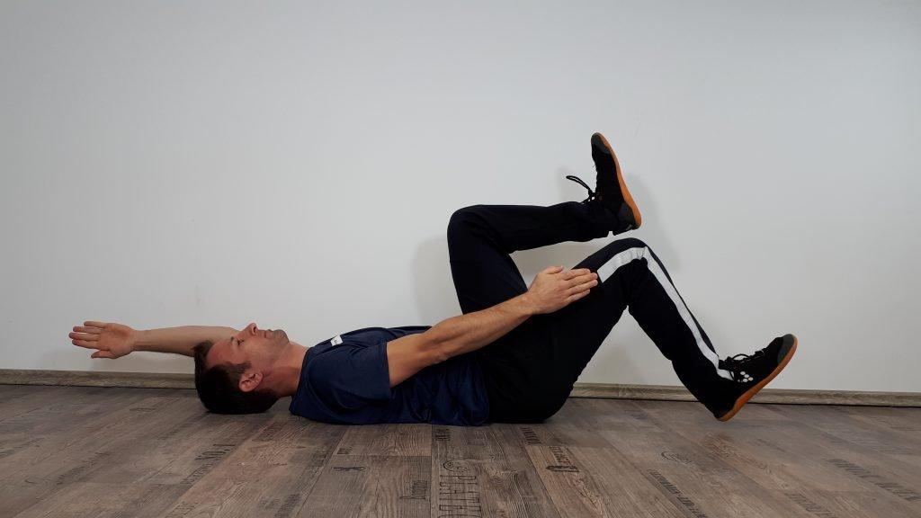 Rückenschmerzen Übungen - Käfer leicht