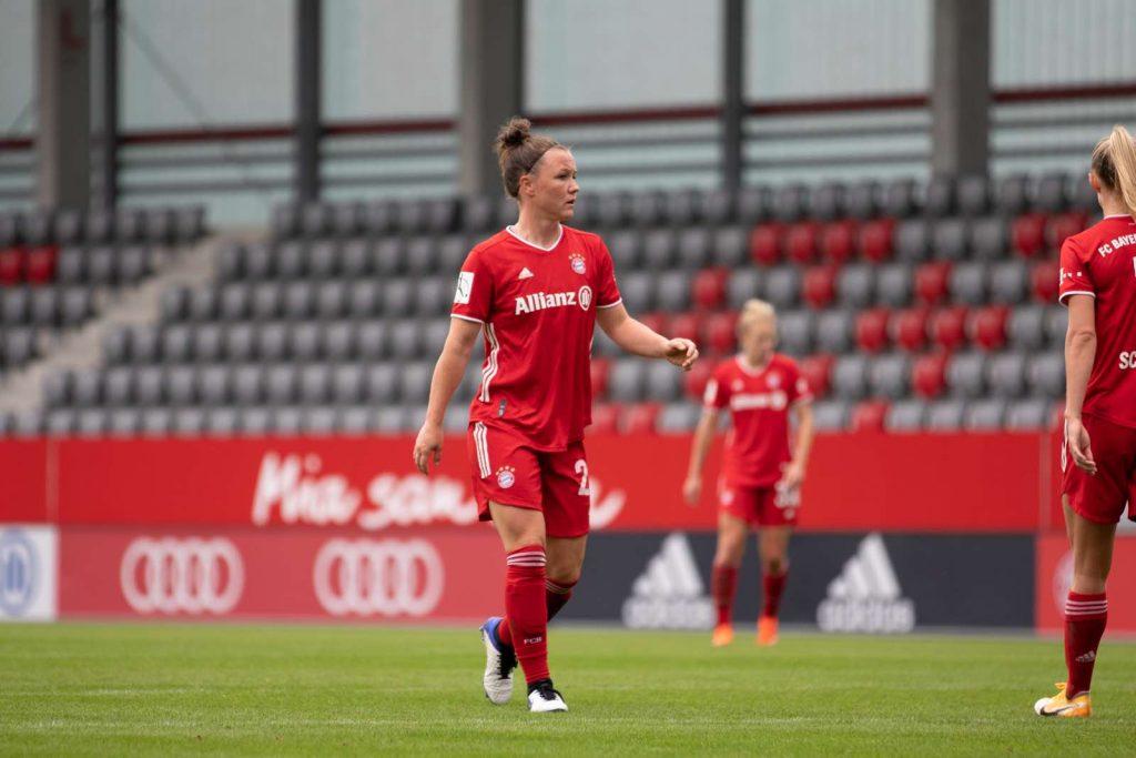 Fußball-Nationalspielerin Marina Hegering – Wie Du dranbleibst, wenn alles verloren scheint (#309)