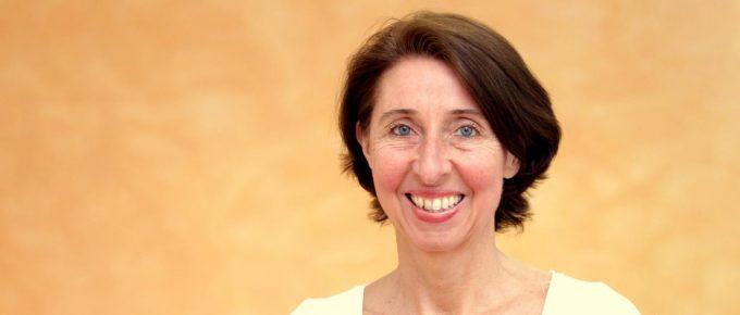 Das Eiweiß-Geheimnis – mit Dr. med. Elke Mantwill (#331)